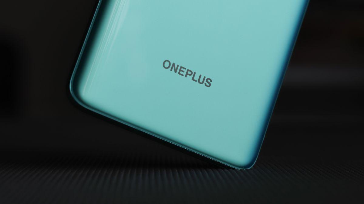 OnePlus 9 render leak
