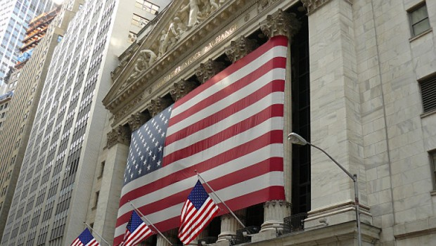 Stocks end session higher ahead of election